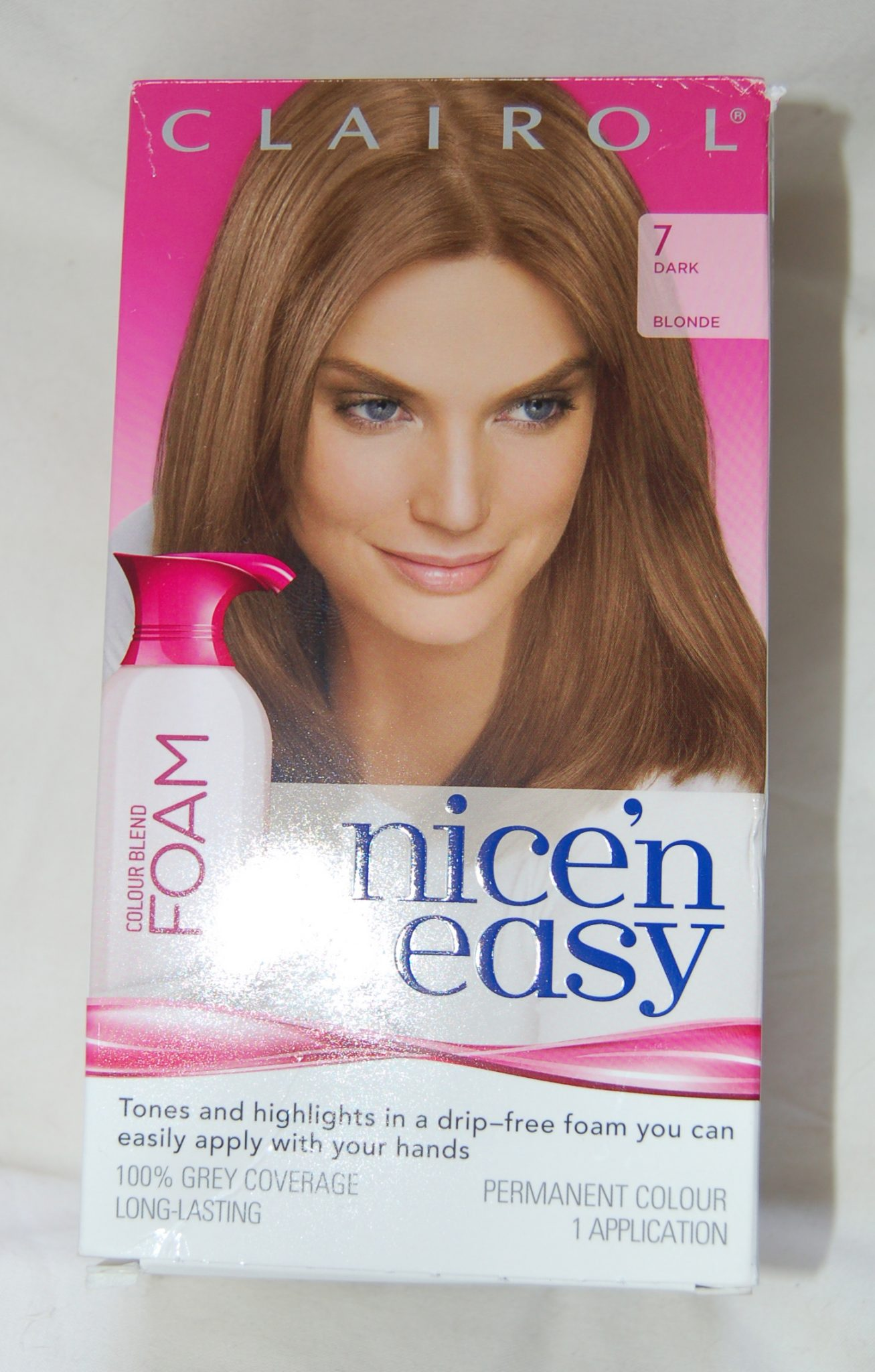 Review Of Clairol Nicen Easy Colour Blend Foam In 7 Dark Blonde And