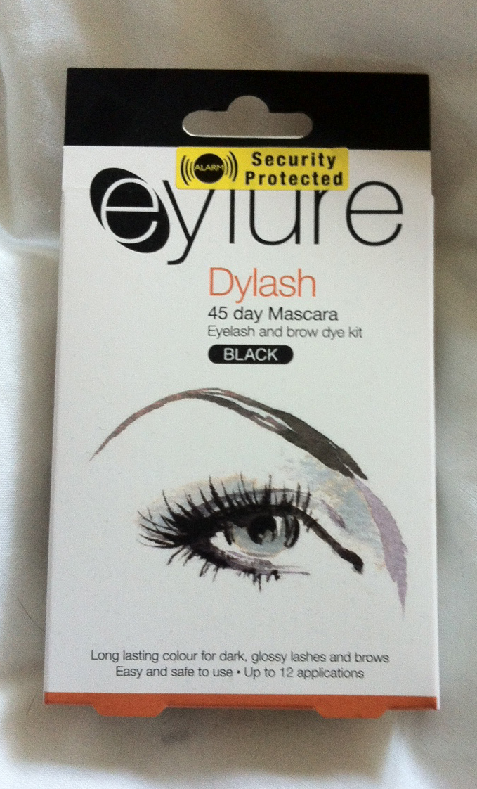 Tutorial And Review How I Tint My Eyelashes Using Eylure Dylash 45