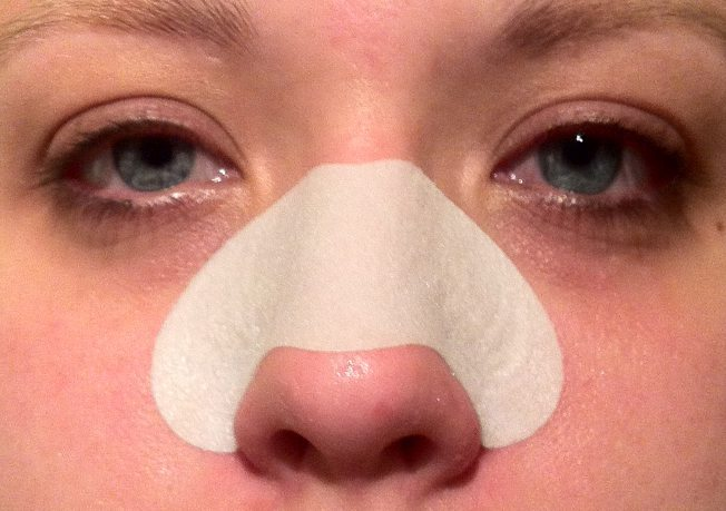 how to close nasal pores