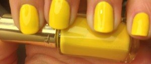 L'Oreal Color Riche Neon Pop: Banana Pop (834) - Sunshine yellow! This is the colour you would paint your sun as a child! Its probably my favourite colour of the collection, warm, bright and beautiful with a tan!