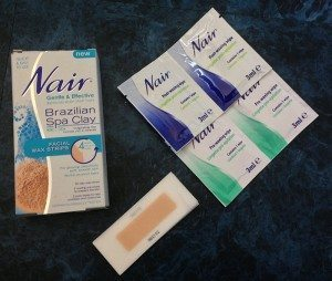 Nair Brazilian Spa Clay Facial Wax Strips - Box Contents