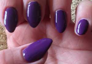 Nails Inc Gel Effect Nail Polish in Bond Street Swatch