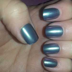 Broadway Impress Press-On False Nails in 58065 - After applying (First Day)