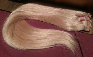 Hairaisers Indian Remy Hair Clip In 20 Inches extensions in SB