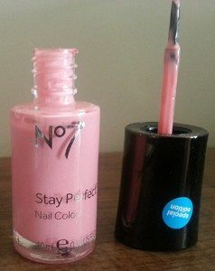 No 7 Limited Edition Stay Perfect Nail Colours in Pink Blossom