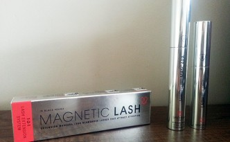Santhilea Magnetic Mascara in Black Velvet