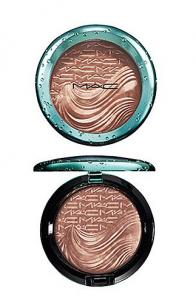 M·A·C Alluring Aquatic Extra Dimension Bronzer £24.00