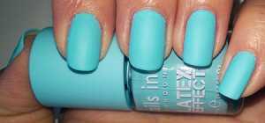 Nails Inc Latex Nail Polish in Bermondsey Street - With Flash
