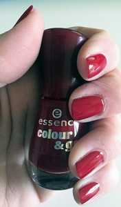 Essence Colour & Go Nail Polish in Do You Speak Love? 113