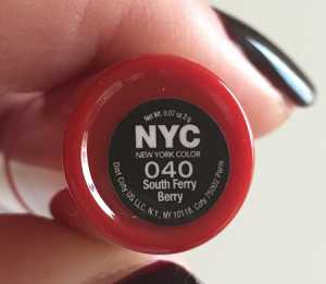 #30DaysOfRed Day 3 - NYC Cityproof Twistable Intense Lip Color in South Ferry Berry 040