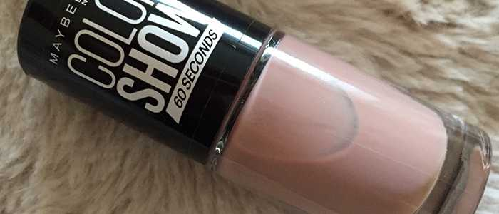 Maybelline Colour Show Nail Polish in Love This Sweater 301